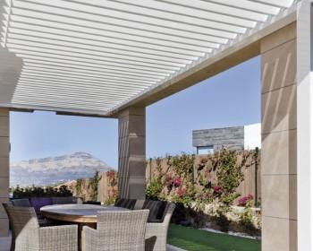 Pergola bioclimatica terraza casa